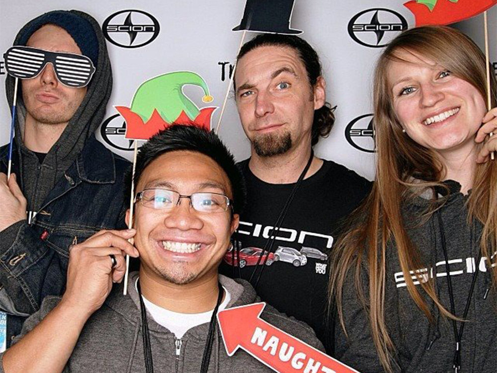 scion-photo-booth.jpg