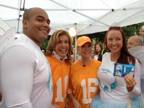 Tooth_Fairies_with_Kathie_Lee_&_Hoda.jpg