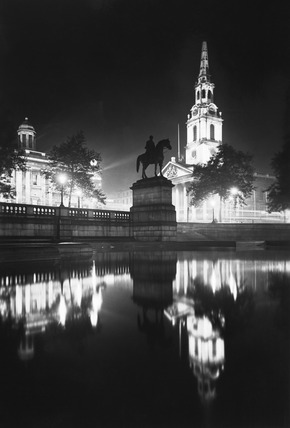 Trafalgar Square and St. Martin-in-the-Fields. George Davison (1854-1930) began to make photographs in 1885, when he joined the Camera Club photography society. The next year, he became a member of the Royal Photographic Society. Peter Henry Emerson was a major influence in his early work. Davisons' photographs became an object of controversy in the Royal Photographic Society, and in 1892, he decided to leave the society and to establish a new organisation, The Linked Ring Brotherhood. Davidson became a deputy director of Kodak in 1898, and the director two years later.