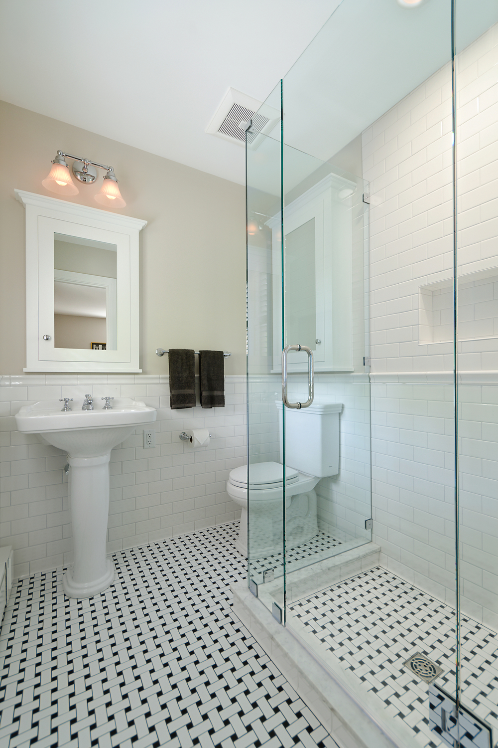 Coty award winning bathroom haines construction llc for Bathroom design 1930 s home