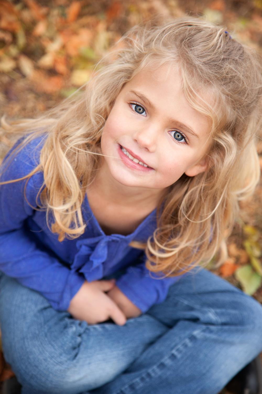 Russtanna_Photography_kearney_nebraska_natural_light_photographer_newborn_senior_family_engagement  (12).jpg