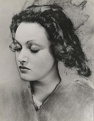 blumenfeld, 1932_Manina,14 years old.jpg