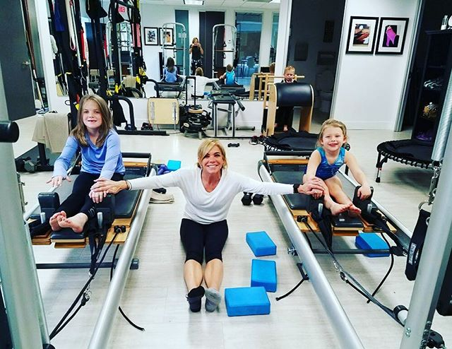 Did you know we teach a Pilates and tots class? Pilates for all ages! 🙌🏼❤ #studiotyla #pilates #pilatesreformer #mommyandme