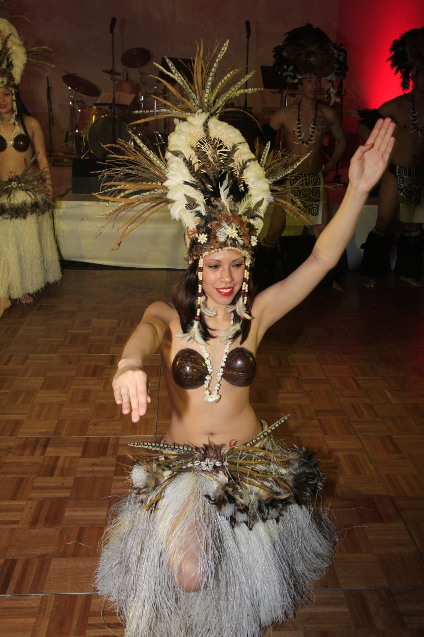 Tahitian-Ball-MG_0447.jpg
