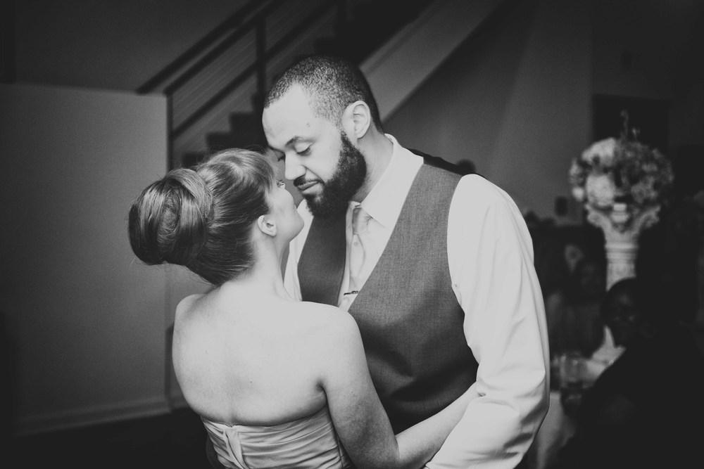 Louisville Wedding Photographers-279.jpg