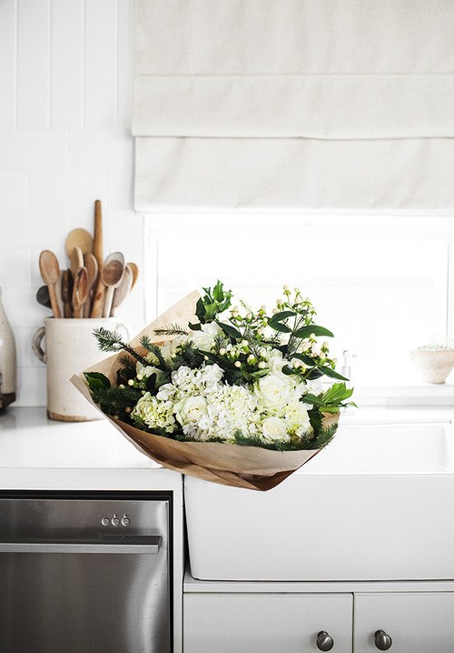Beautiful monochromatic bouquet
