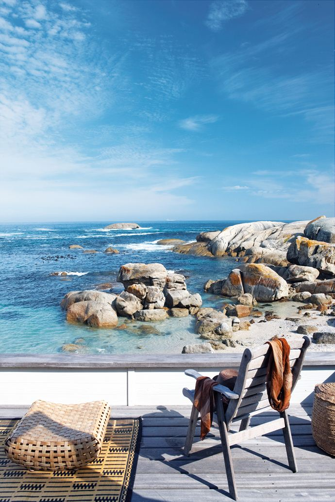 cape town beach bungalow. photographs by micky hoyle for house & leisure