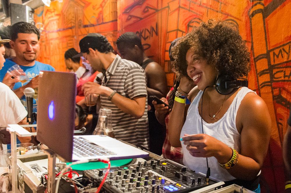DJ NINA SOL - MUSIC