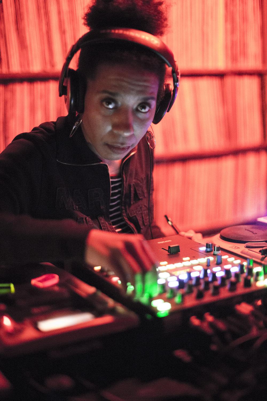 DJ SHANI - MUSIC