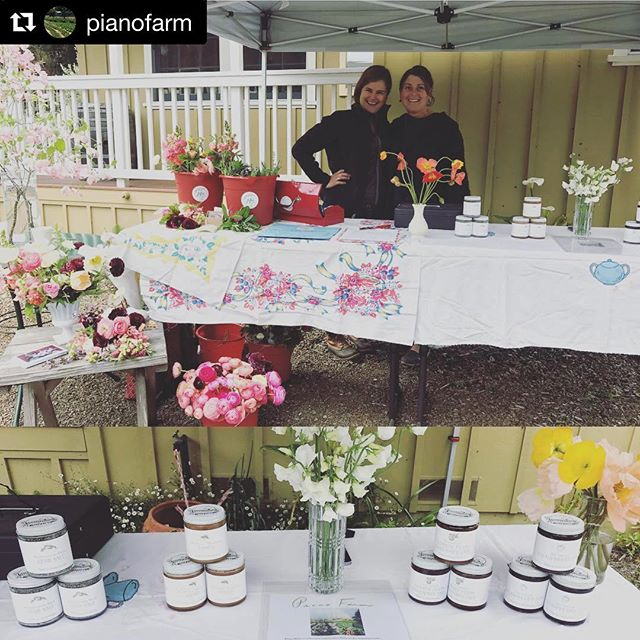 Still time to get your Farm Trails fix with these fab farmer chicks, here at the shop until 3pm today! #Repost @pianofarm with @get_repost ・・・ #farmtrails #freestoneartisnalcheese  #pianofarm #joleebloomsand designs we are doing a pop up today in Freestone at the cheese shop with our small batch hand crafted preserves, honey and herb salt!!