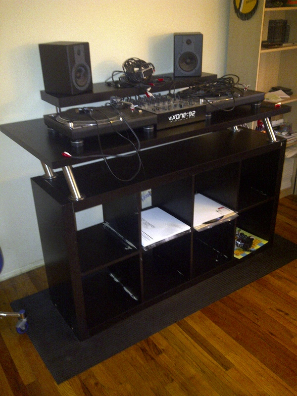 dj-desk-no-base.jpg