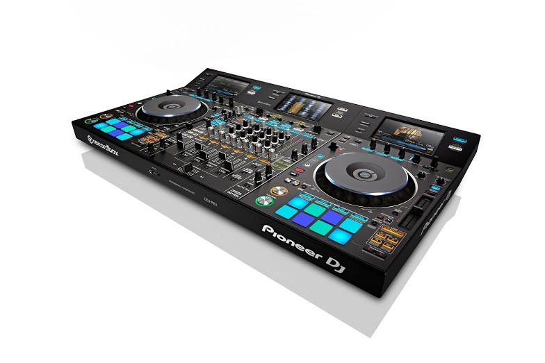 pioneer_ddj-rzx_audio_and_video_dj_controller_1.jpg