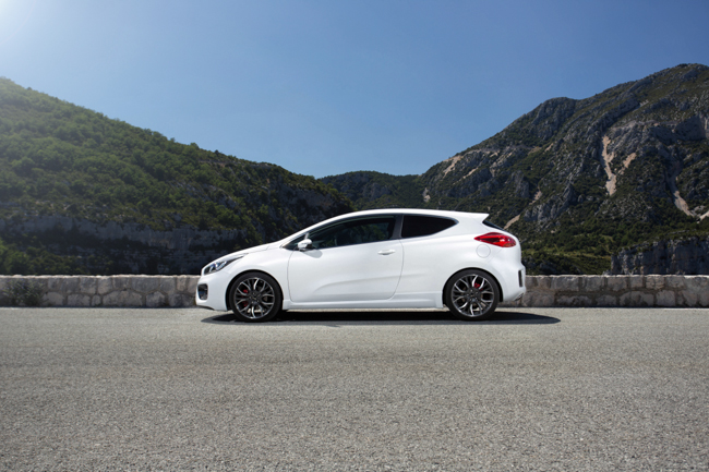 Kia Pro Cee'd GT Gorge Du Verdon Launch Car Magazine Editorial Photographer Richard Pardon.jpg