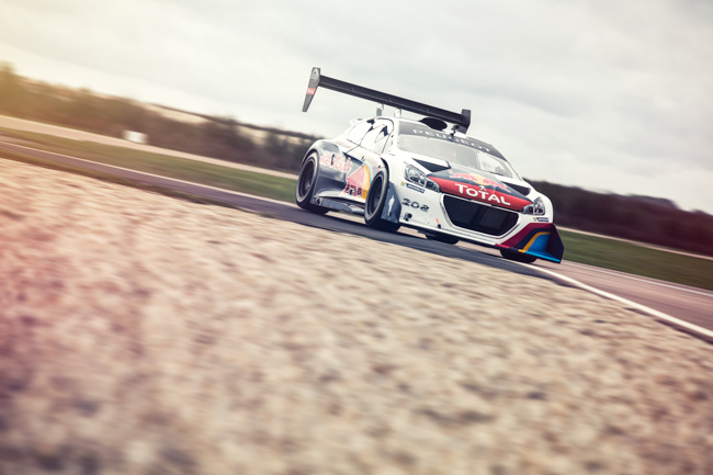 Peugeot 208 Pikes Peak T16 Sebastien Loeb World Record.jpg