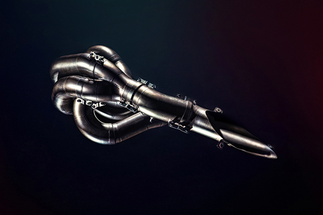 Sebastian Vettel RB5 Scalloped Tail Exhaust Manifold Infiniti Red Bull Racing Gold