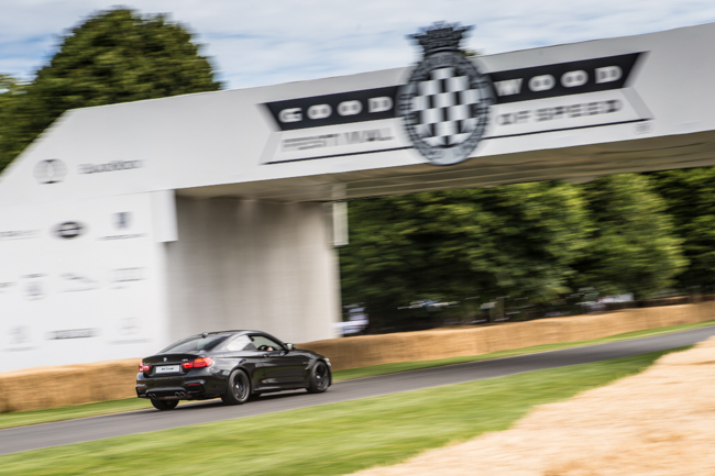 BMW M4 Moving Motorshow Goodwood FoS Bridge.jpg