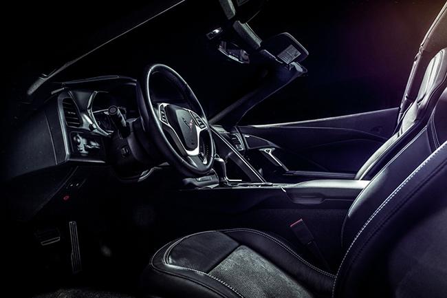 Corvette C7 Stingray Steering Wheel.jpg