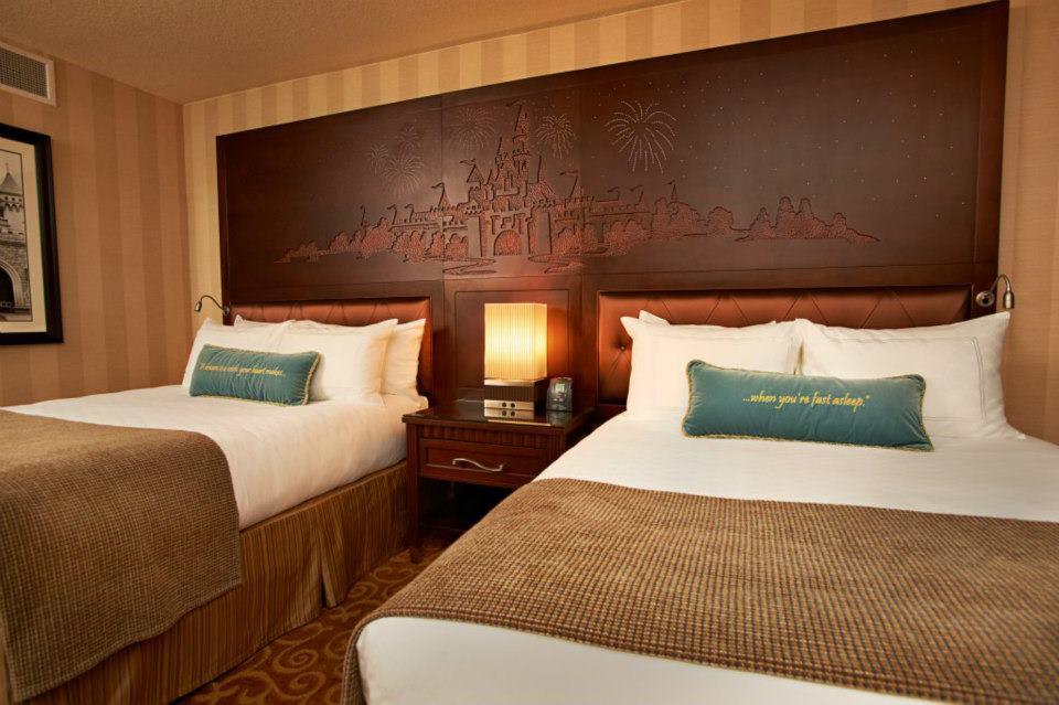 DLH Room 2.jpg