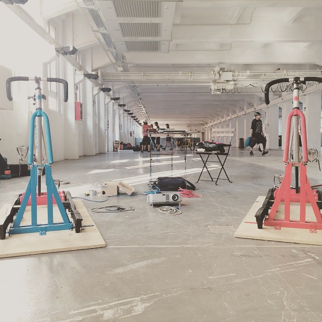 While messengers unload their bags, we are building Hamster Gold Race Milano Goldsprints!  today, from 8pm @ spazio ex-ansaldo  #ecmc2015 #openingceremony #hgrgoldsprints #goldsprints #milano #hamstergoldrace #officinesfera #pedala