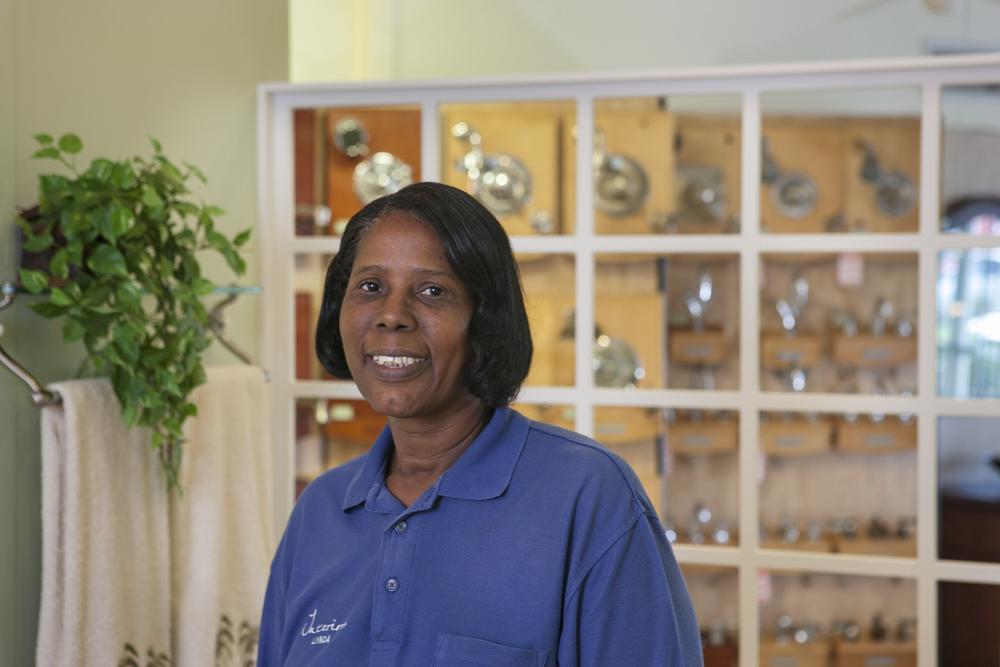 Lynda Augustine, Sales Associate