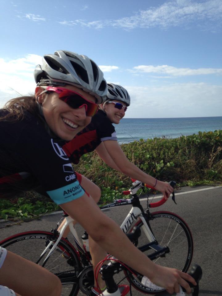 Nous avons roulé plus de 1100km. Objectif atteint! Je quitte vers la Barbade avec ma coéquipière Karol-Ann Roy.
