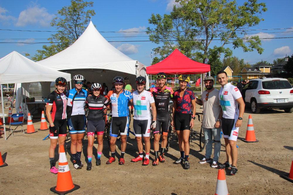 Plusieurs athlètes élites de la FAEQ (Fondation de l'Athlète de l'Excellence du Québec) participaient à ce week-end du Défi 808 Bonneville.
