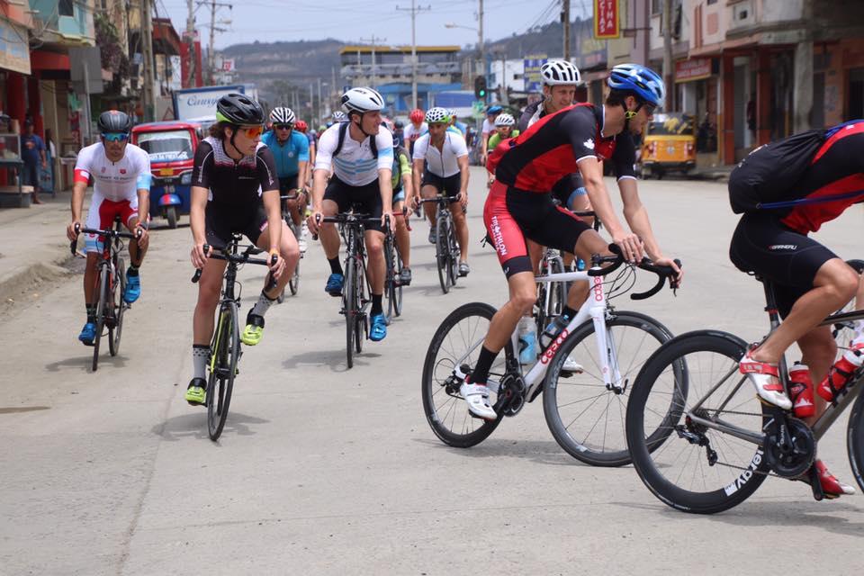 Reconnaissance du parcours. Coupe panaméricaine à Puerto Lopez. Photo: Vivianne's Logbooklet