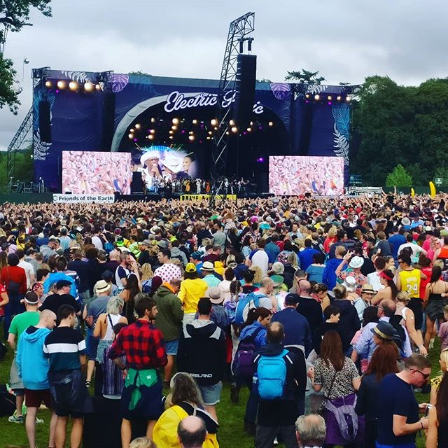 Well that's it for another Electric Picnic. Hectic but pure fun. Now sleepz. 😴😄❤️ . . . . . #electricpicnic #festival #music #art #party