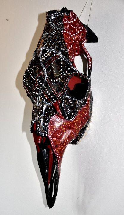 petra-shara-stoor-skull-art-aruuaa-3.jpg