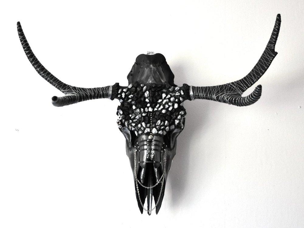 petra-shara-stoor-skull-art-remilan-1.jpg