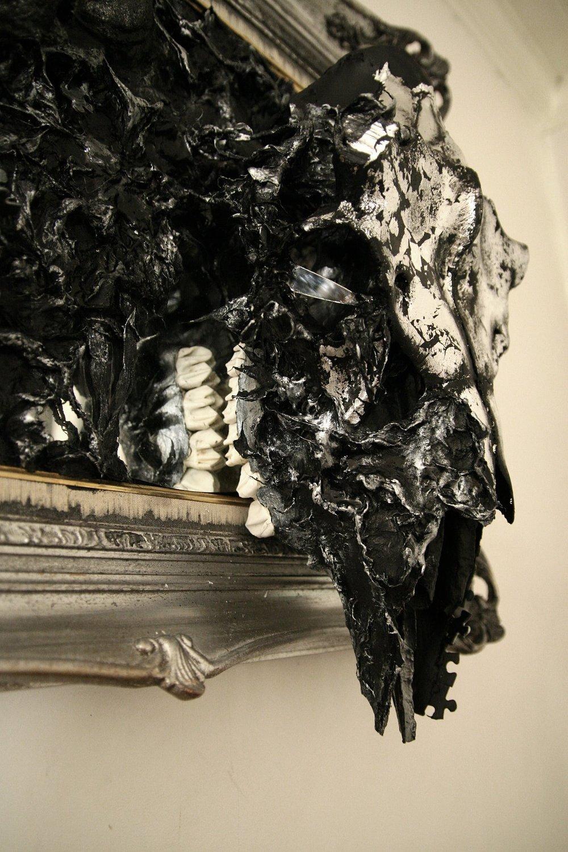 petra-shara-stoor-skull-art-kumm-3.jpg