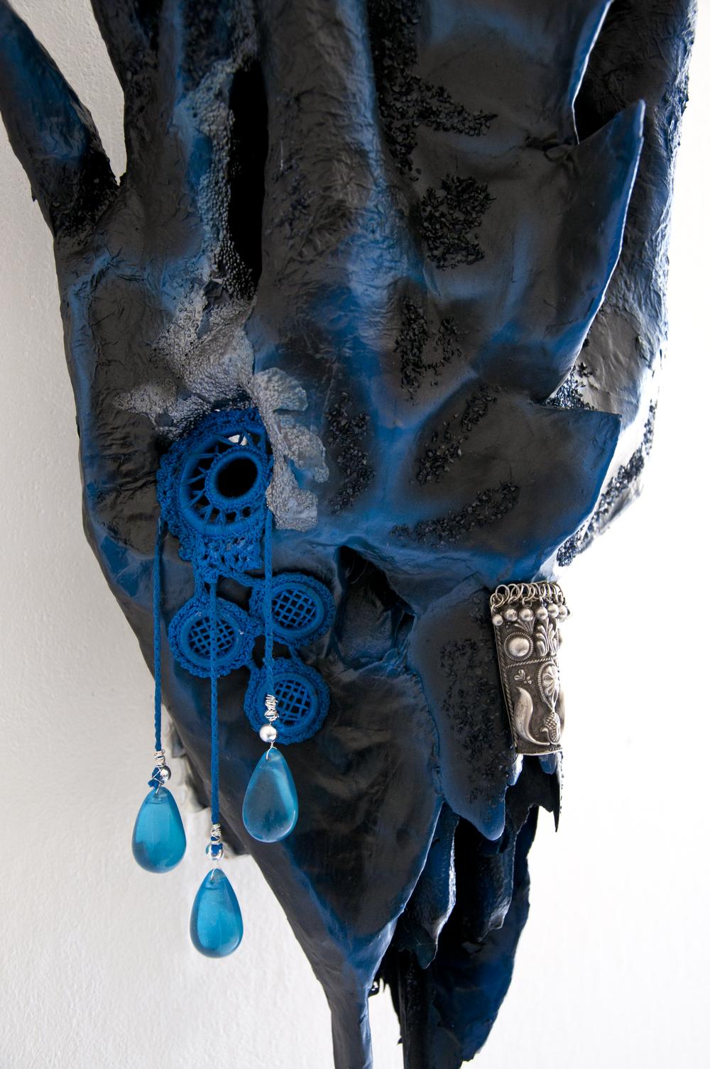 petra-shara-stoor-skull-art-nea-3.png