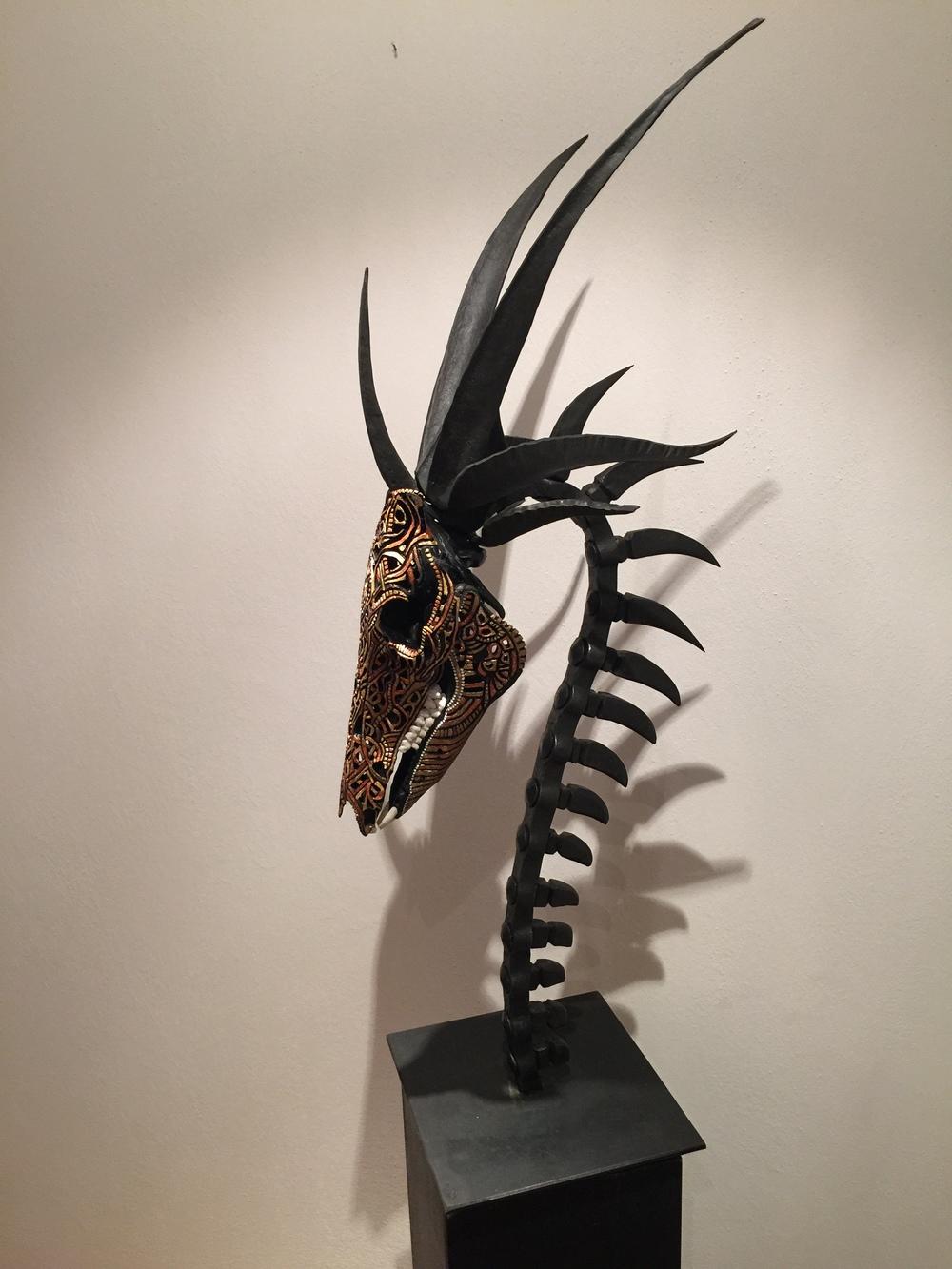 petra-shara-stoor-skull-art-oramil-thara-2.JPG