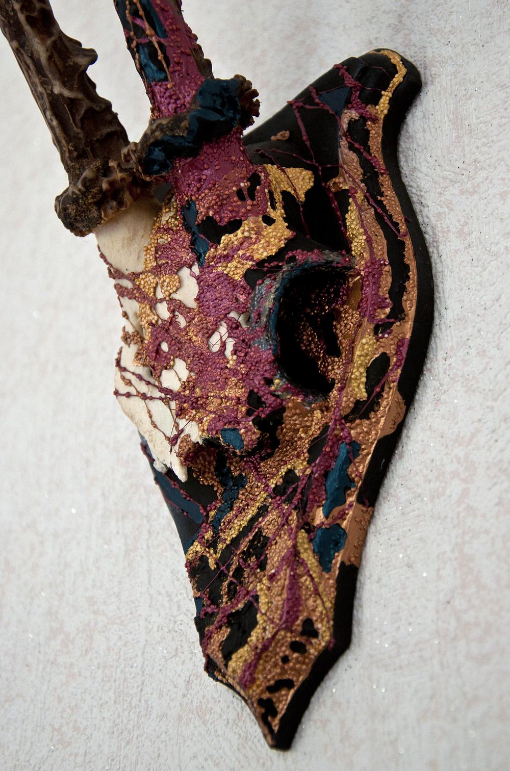 petra-shara-stoor-skull-art-misurath-3.png