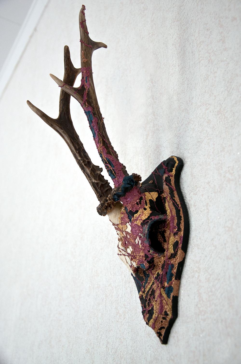 petra-shara-stoor-skull-art-misurath-2.png