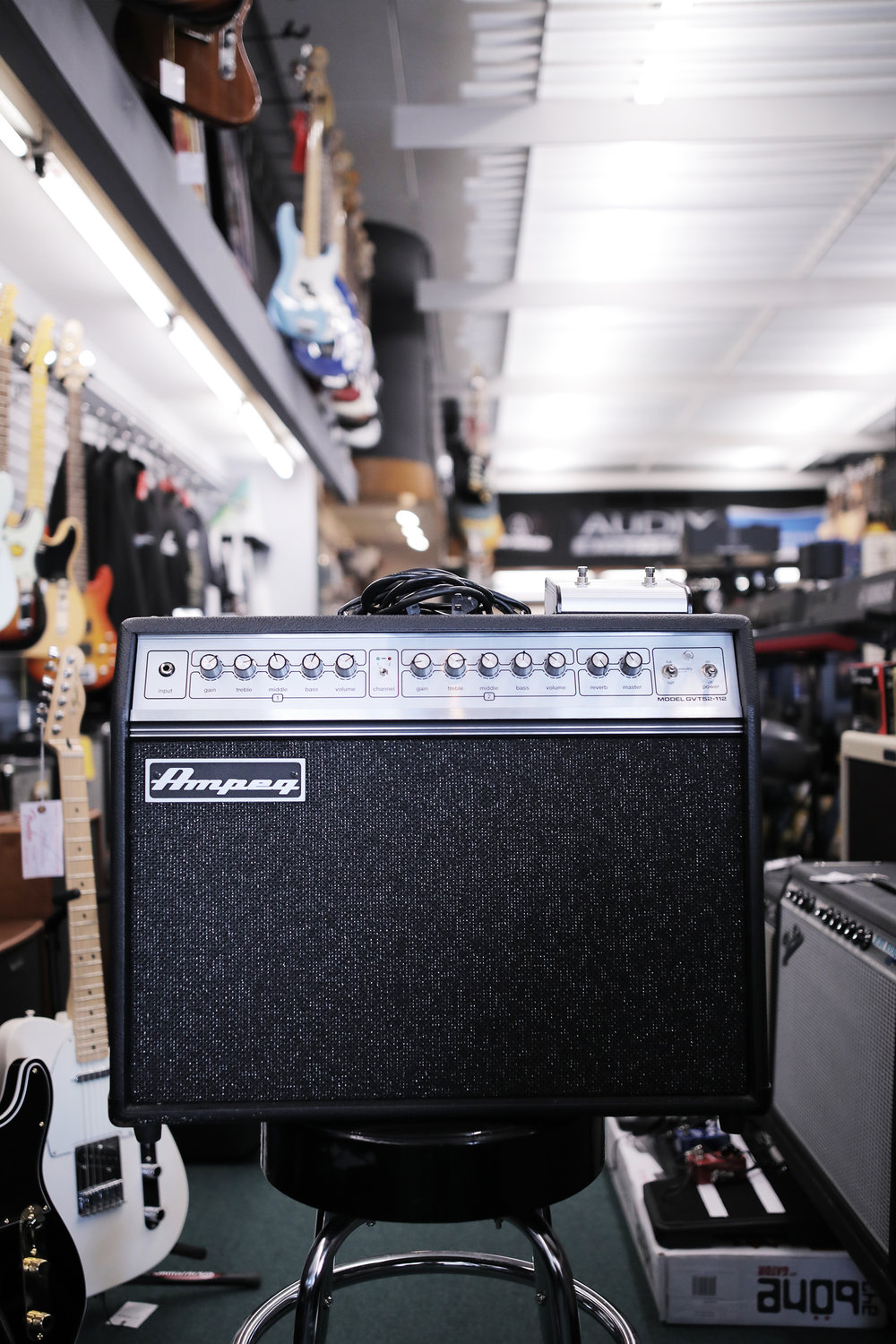 USED - Ampeg GVT52-112 w/Footswitch - $350