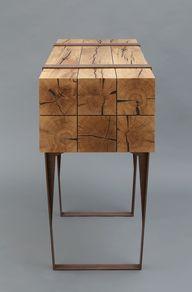 This_wooden_desk_wit.jpg