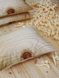 wood_cushions.jpg