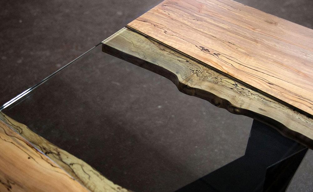 Colorado Live Edge Maple and Glass Dining Table SENTIENT  : ColoradoLiveEdgeGlassDinningTableSentient2 from www.sentientfurniture.com size 1000 x 613 jpeg 115kB