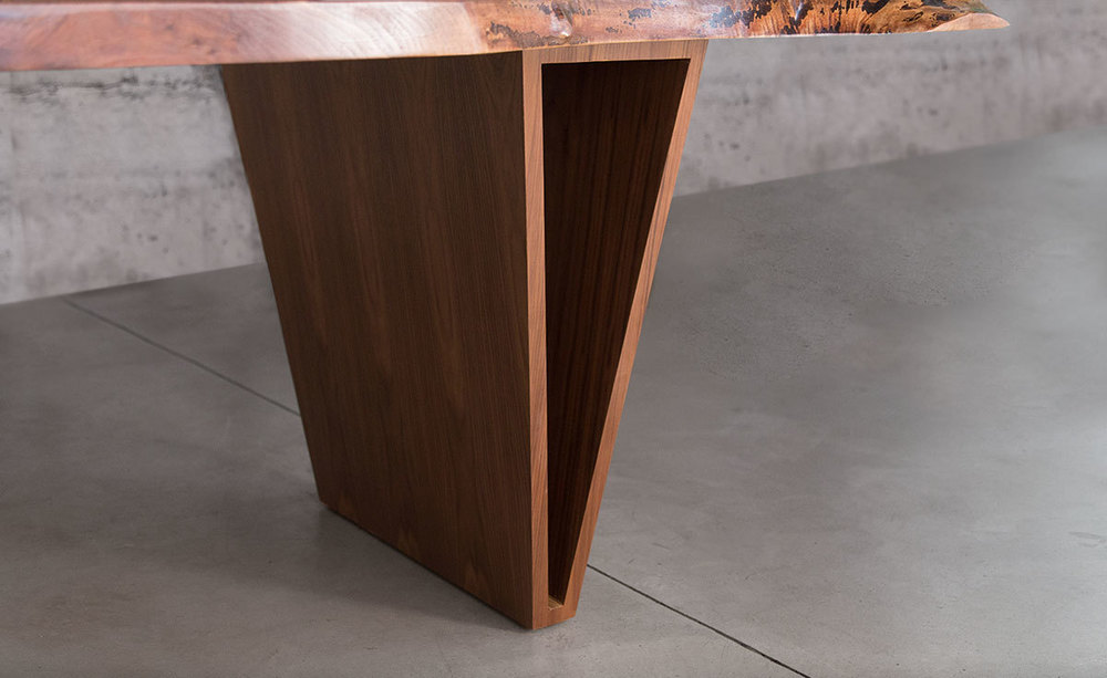 Shapes_Live_edge_Dining_Table_Sentient_New_York_13.jpg