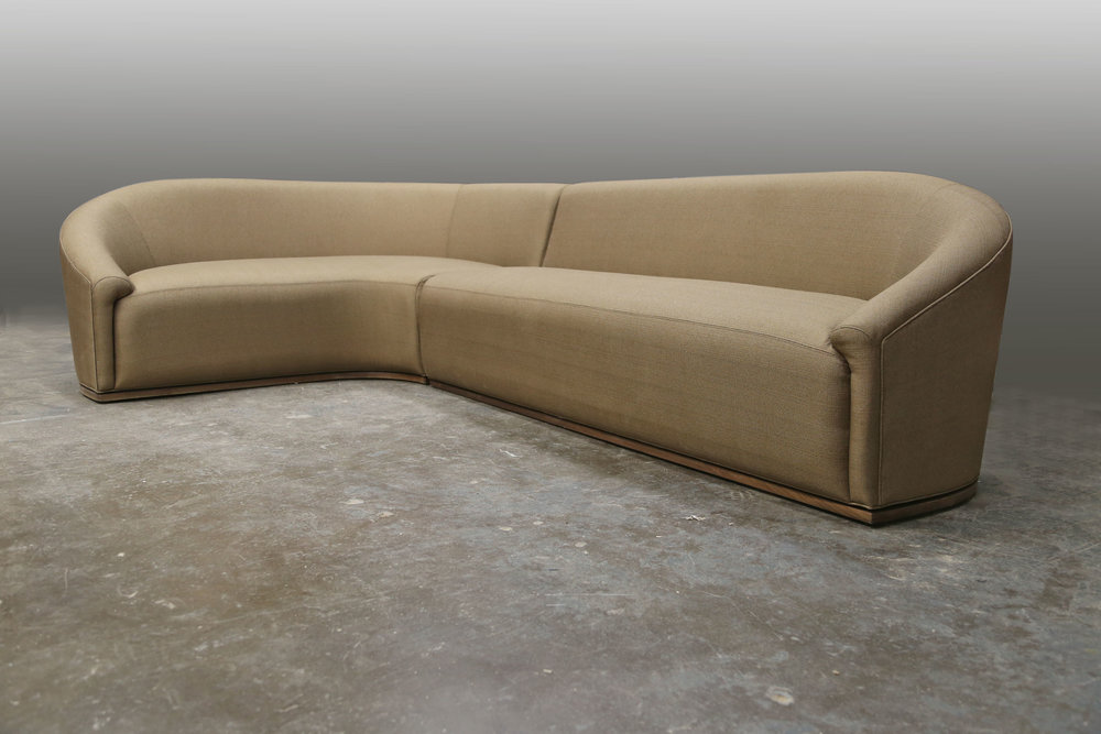 Baashe Sectional Sofa