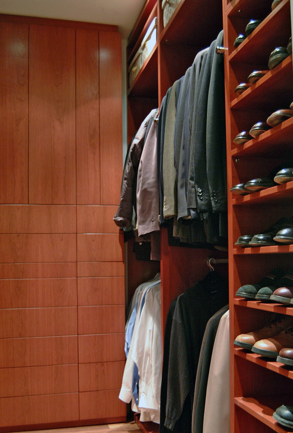 CustomClosets1.jpg