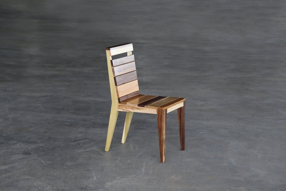SENTIENT_angles_dining_chair_multi_species.JPG