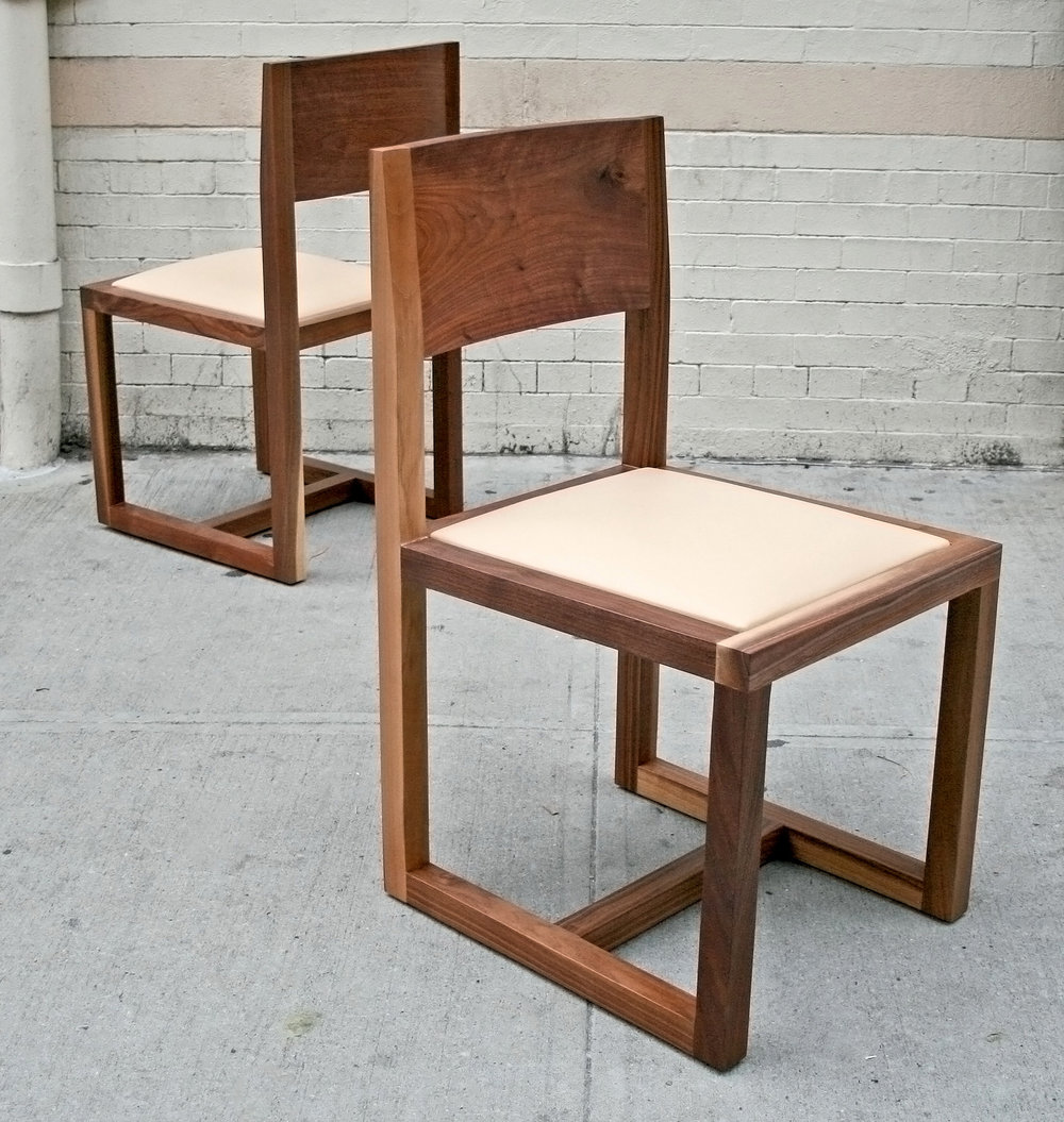 SENTIENT St. Lawrence Chair
