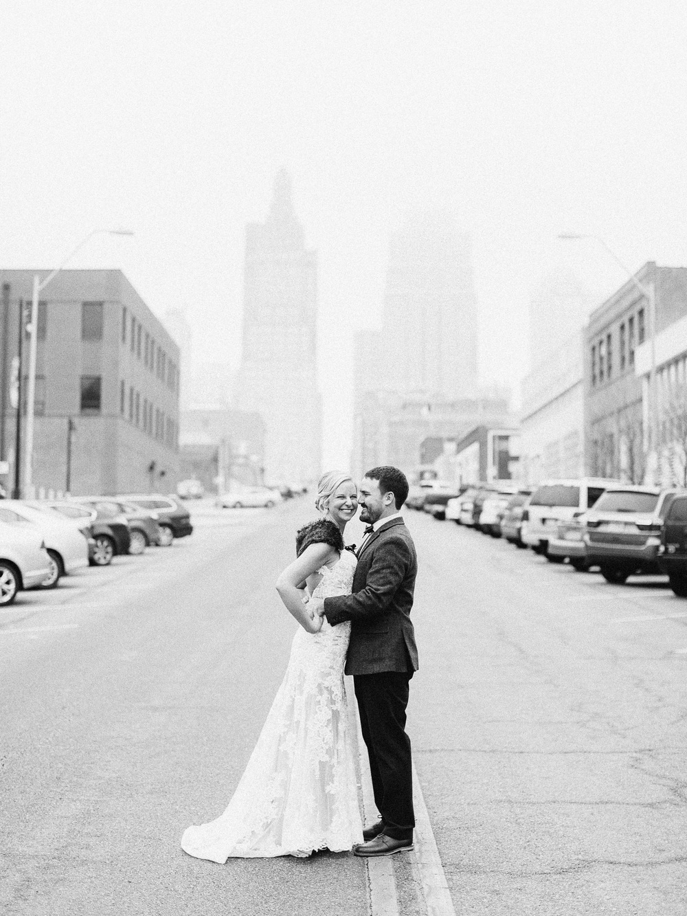 Kansas City Engagement & Wedding Photographer