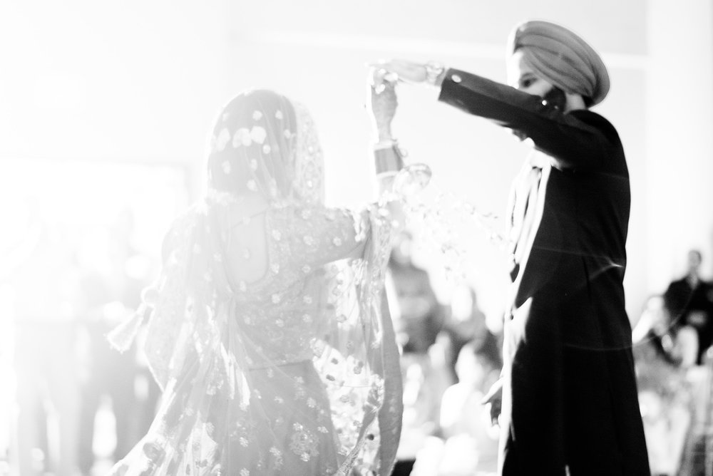 Inder Gill Navi Kaur Rusty Wright Midwest Sikh Association Lenexa Hyatt City Center Wedding Photographs