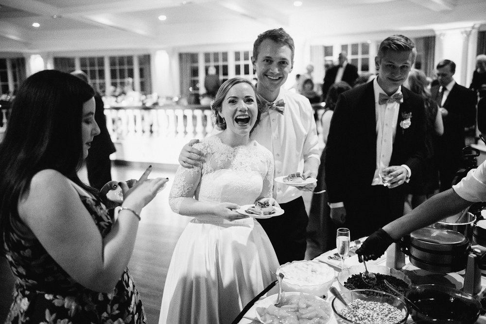 Bennet Goeckner Hilary Gee Rusty Wright Carriage Club Kansas City Wedding Photographer