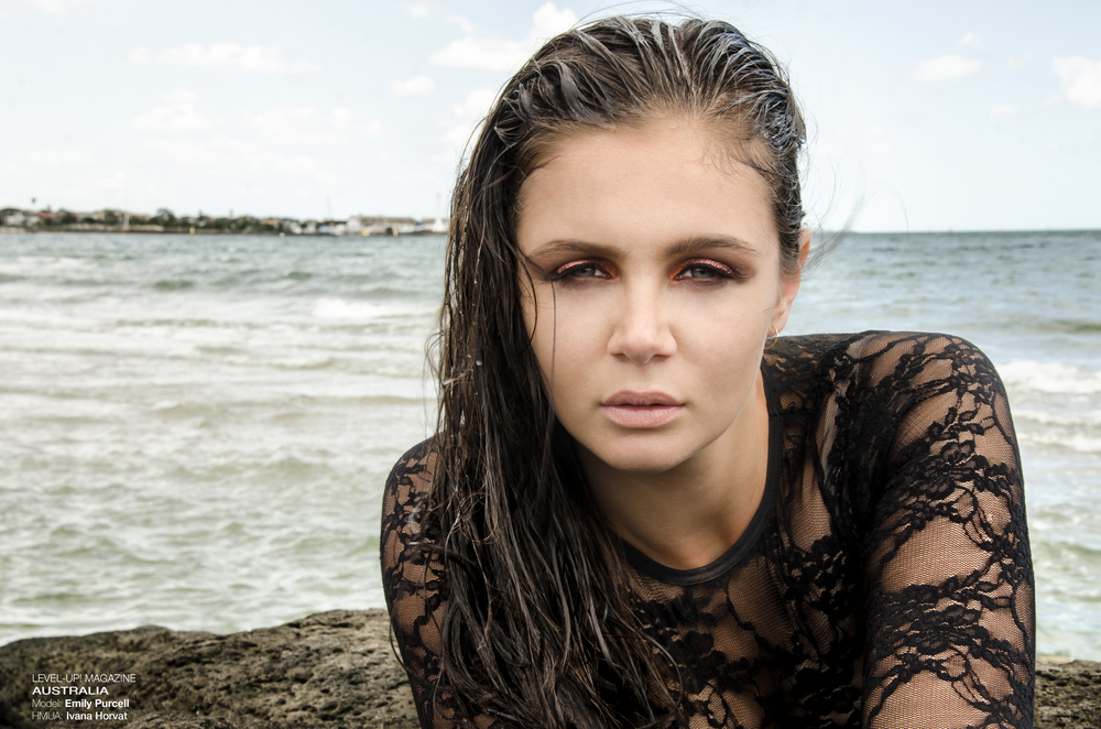 Water-&-Makeup-1012.jpg