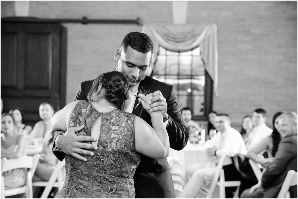 RI-Wedding-Photographer-Lefebvre-Photo-Blog_3438.jpg