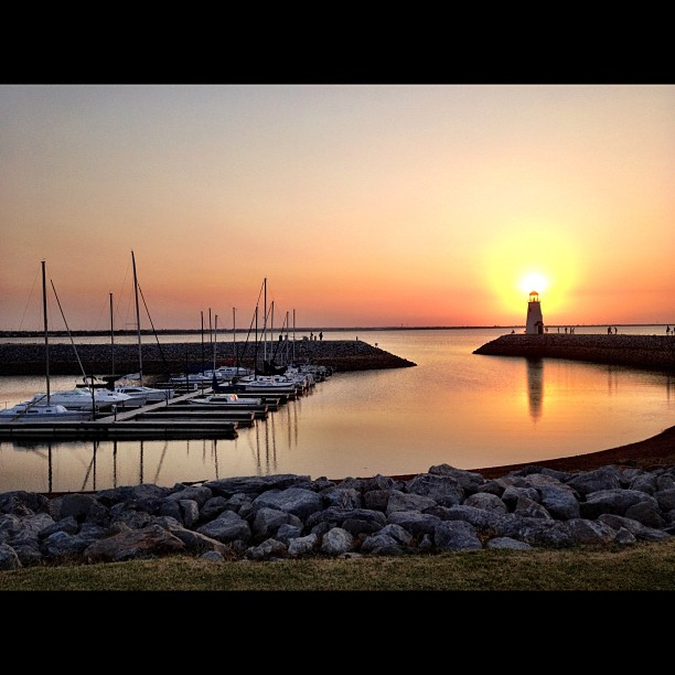A sunset walk around Lake Hefner, OKlahoma City